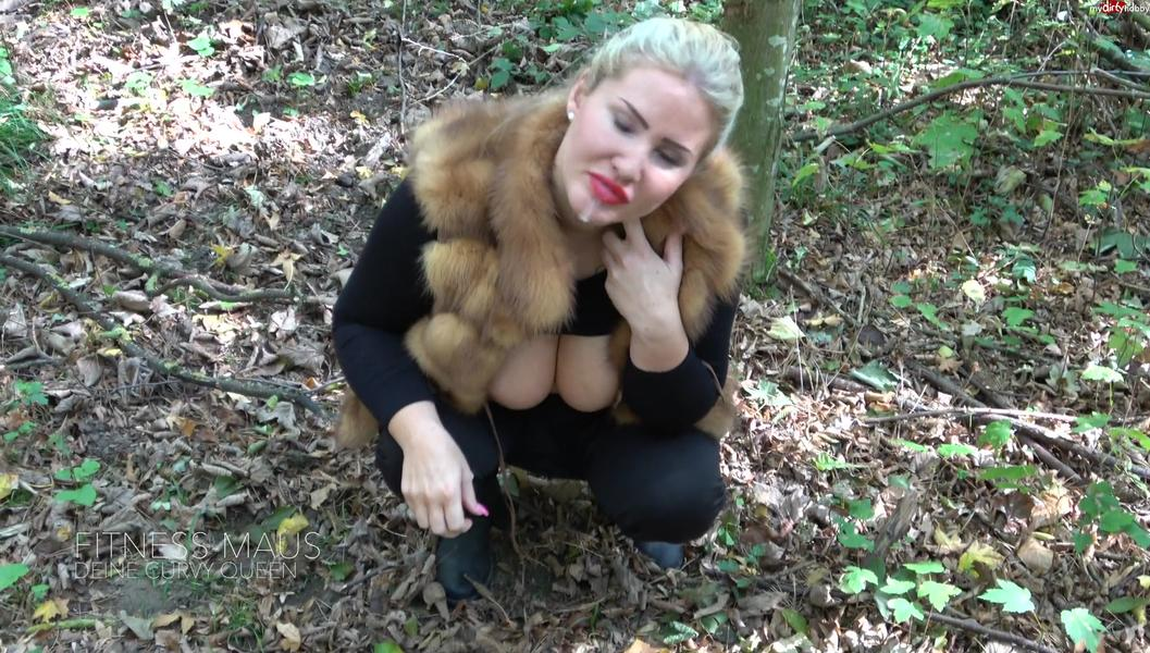 Fitness-Maus - Verzogene Prinzessin will Gefickt werden! Besorgs der reichen Goere