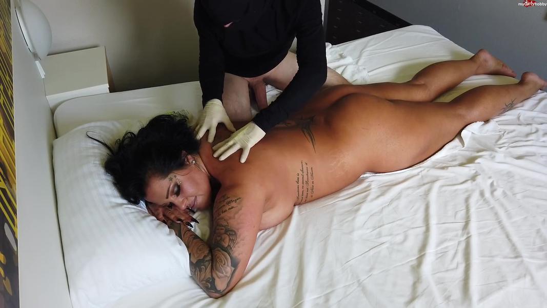 Oel Body Fick-Massage